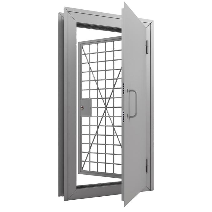 Дверь оружейная в комплекте с решетчатой